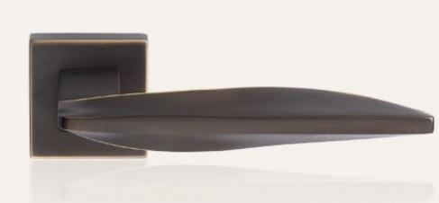 Klamka AQUA 019 szyld kwadratowy BM brązowiony matowy LINEA CALI